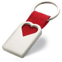 Llavero de metal con corazón rojo