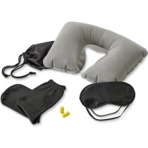 Set de viaje con almohada, antifaz, tapones y calcetines negro