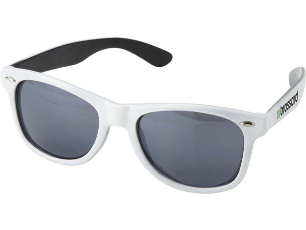 Gafas de sol con bolsa de cordón