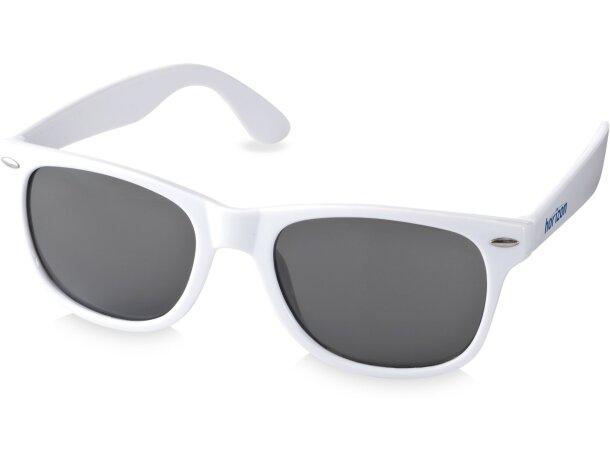 Gafas de sol estilo retro para empresas
