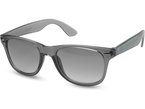 Gafas de sol con lentes de cristal barato