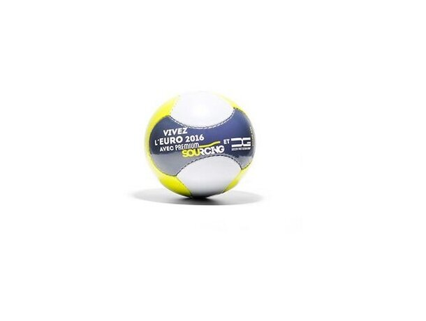Balón de fútbol tamaño mini moderno y juvenil personalizado