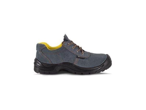 Zapato perforado con puntera de acero