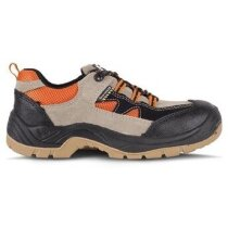 Zapato en piel con antideslizamiento y cordones