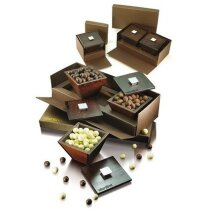 Bombonera caja de cartón duro personalizada
