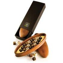 Plumier ovalado con chocolates personalizado