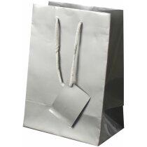 Bolsa de papel plastificado con asas y tarjeta plata