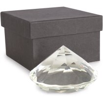 Pisa papeles con forma de diamante
