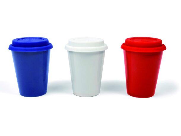 Taza de cerámica de colores con tapa
