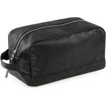Neceser en color negro con detalles metálicos personalizado negro